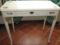 mobile-decorato-tavolino-mar